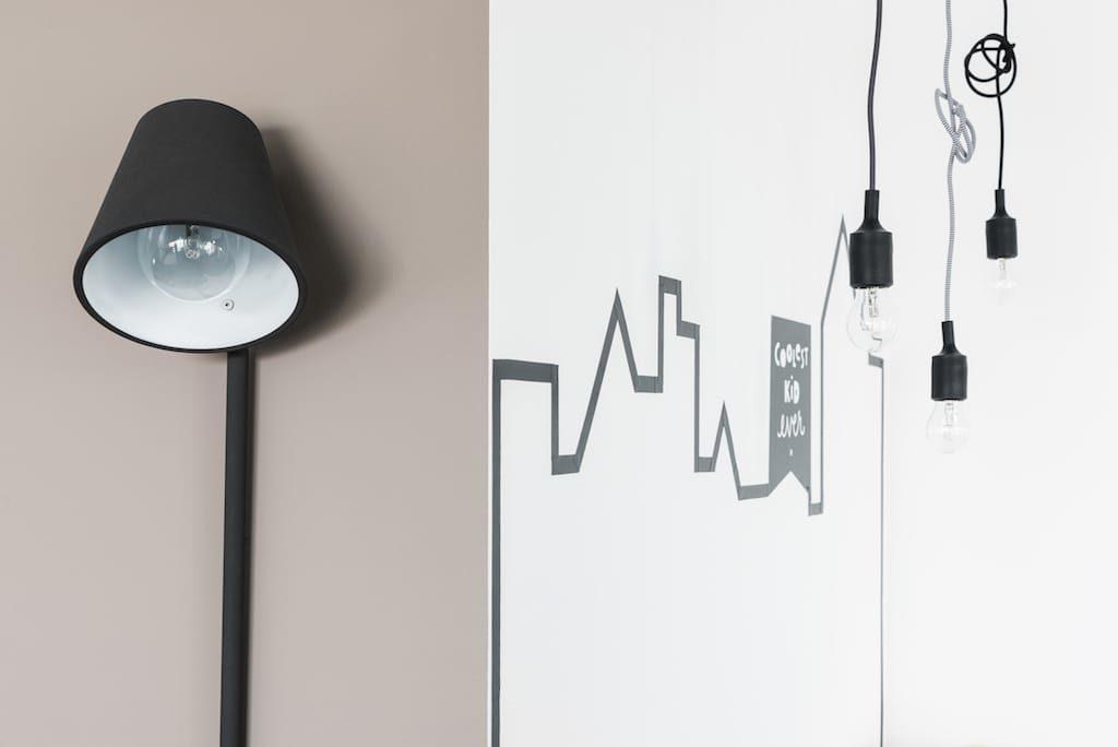 Lamp voor een detailleerde muur